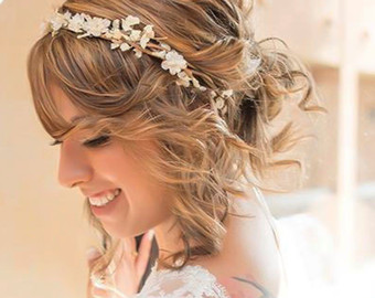 Choose your bridal hair accessories